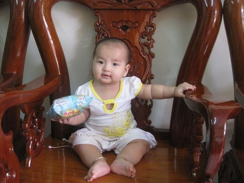 Những điệu ngồi của bé thanh trúc - 2