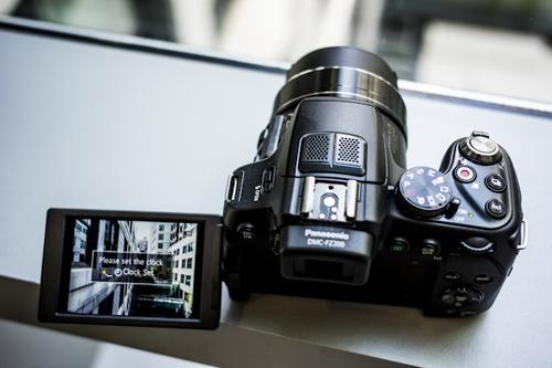 5 máy ảnh compact ống kính zoom tốt nhất - 3
