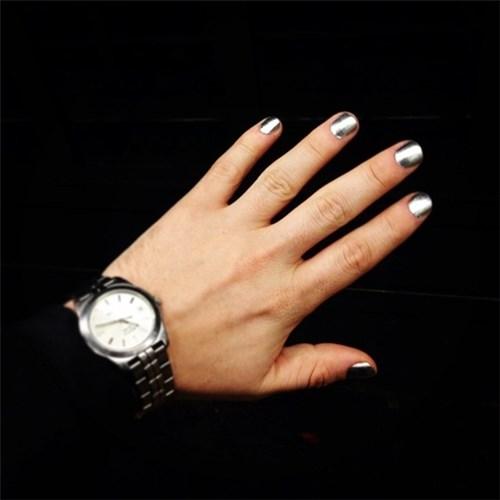 Học đòi nữ giới trào lưu sơn móng tay khiến nam giới phát cuồng - 11