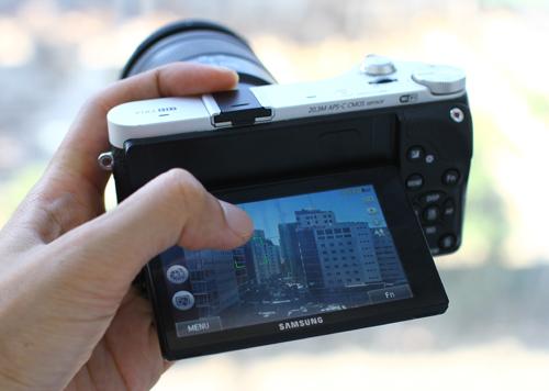 Máy ảnh mirrorless samsung nx300 chụp 3d giá 179 triệu đồng - 2