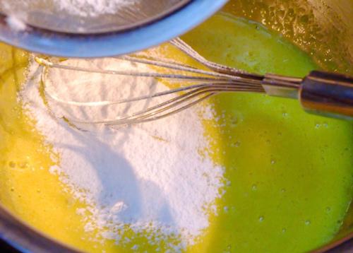 Cách làm bánh tiramisu không cần lò nướng - 3
