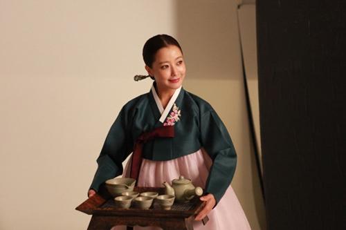 Chấm điểm sao hàn mặc áo hanbok truyền thống - 5