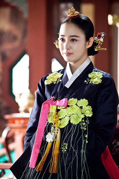 Chấm điểm sao hàn mặc áo hanbok truyền thống - 8