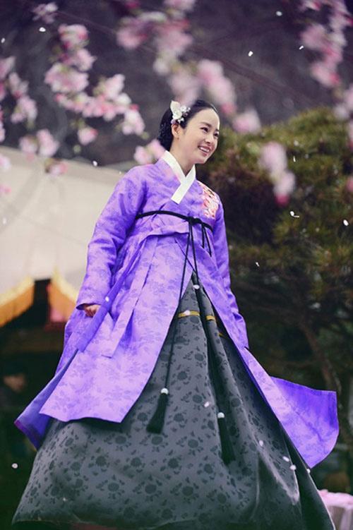 Chấm điểm sao hàn mặc áo hanbok truyền thống - 10