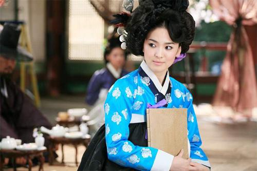 Chấm điểm sao hàn mặc áo hanbok truyền thống - 13