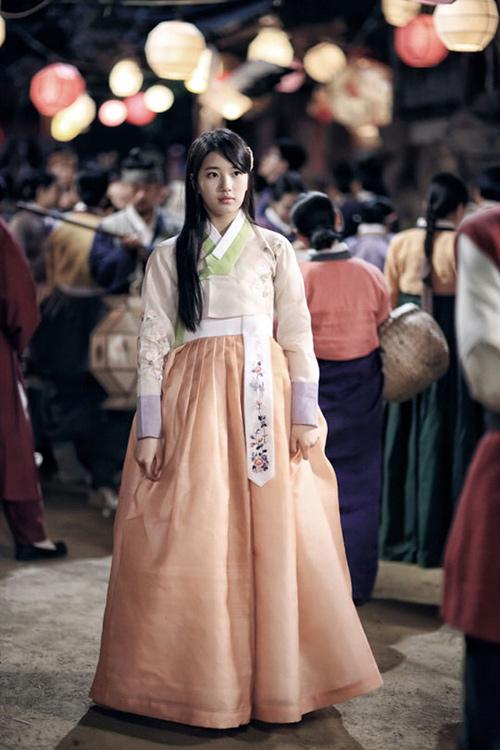 Chấm điểm sao hàn mặc áo hanbok truyền thống - 17