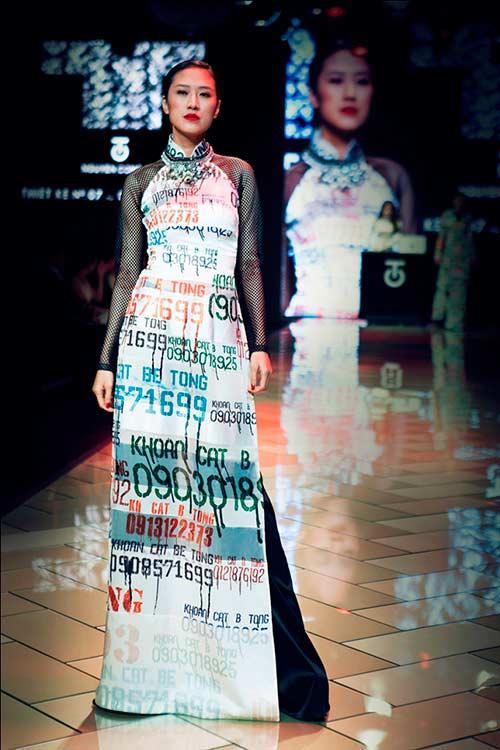 Công trí tái hiện sài gòn bằng áo dài - 11