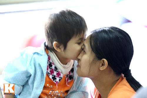 Đắng lòng những em bé ung thư chẳng có tết - 9