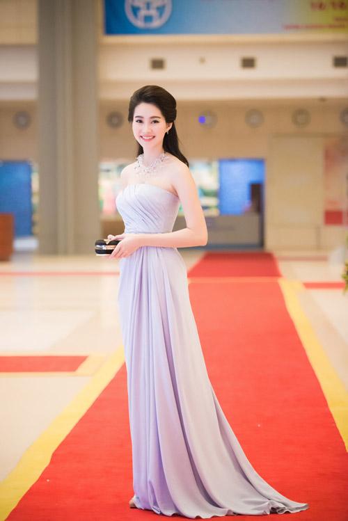 Hoa hậu đặng thu thảo xinh như tiên nữ giáng trần - 14