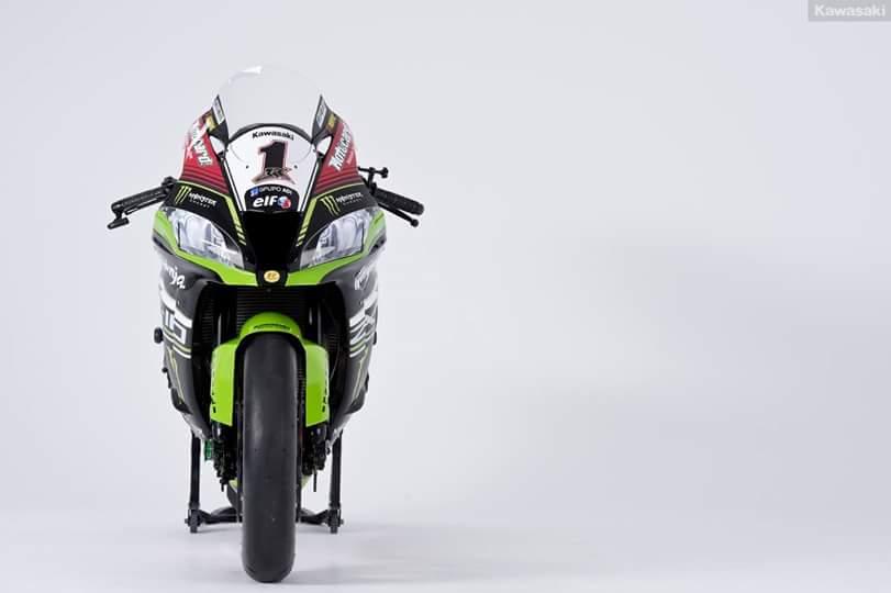 Kawasaki zx-10r 2016 phiên bản chạy sân đầy ấn tượng - 3