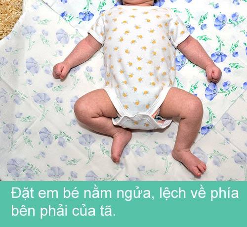 Mẹ khéo quấn tã bé yêu ngủ ngon - 3