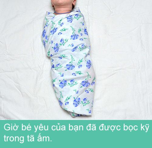 Mẹ khéo quấn tã bé yêu ngủ ngon - 10