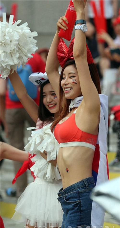 Ngất ngây vẻ đẹp của fan nữ hàn quốc tại world cup - 8