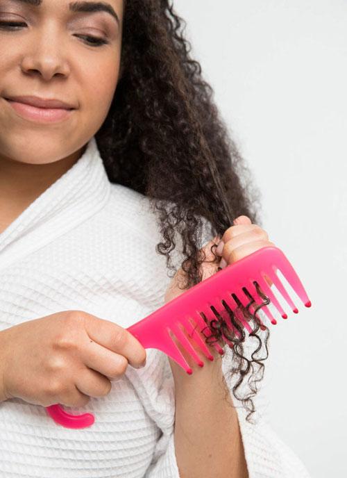 15 mẹo giữ nếp tóc xoăn không cần sấy - 5