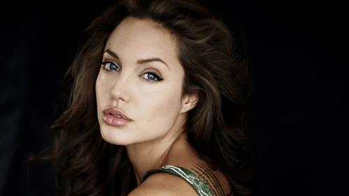 2 màu son ruột của người phụ nữ đẹp nhất thế giới - 8