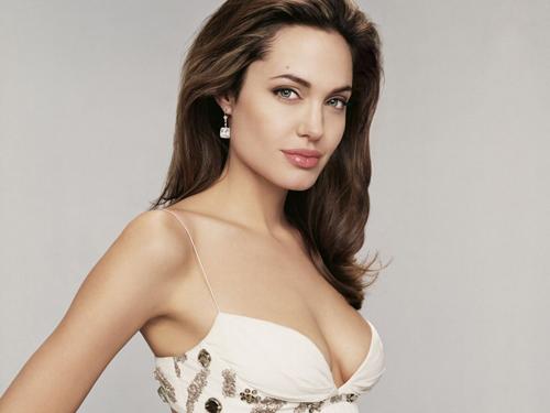 2 màu son ruột của người phụ nữ đẹp nhất thế giới - 9