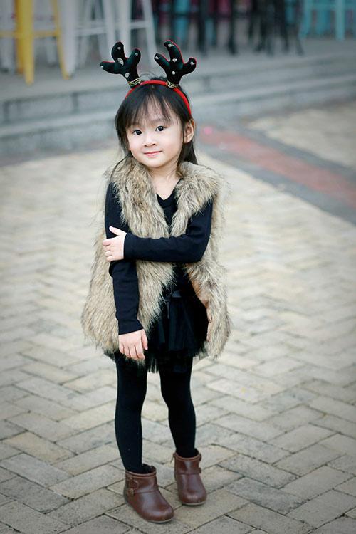 Bé gái sài gòn sở hữu tủ quần áo hàng trăm món tuyệt đẹp - 11
