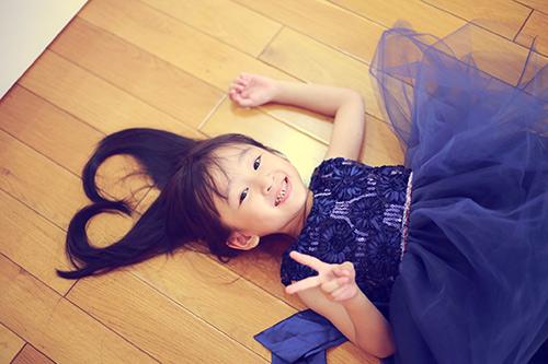 Bé gái sài gòn sở hữu tủ quần áo hàng trăm món tuyệt đẹp - 15