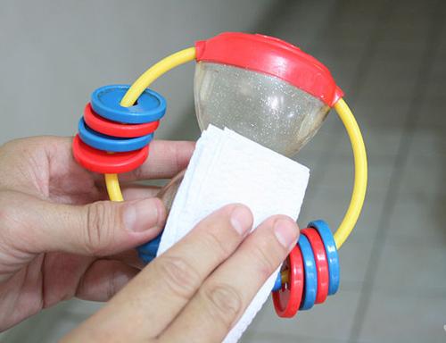 bí kíp làm sạch và sắp xếp đồ chơi của bé - 1
