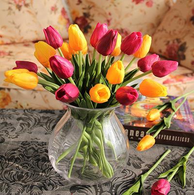 Bình hoa tulip đem mùa xuân vào nhà - 2