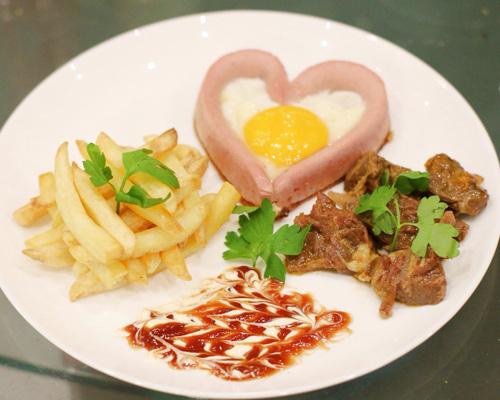 Bữa sáng lãng mạn với trái tim trứng cho valentine - 7