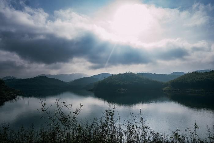 Hồ tà đùng điểm hẹn mới cho dân phượt du lịch bụi - 5