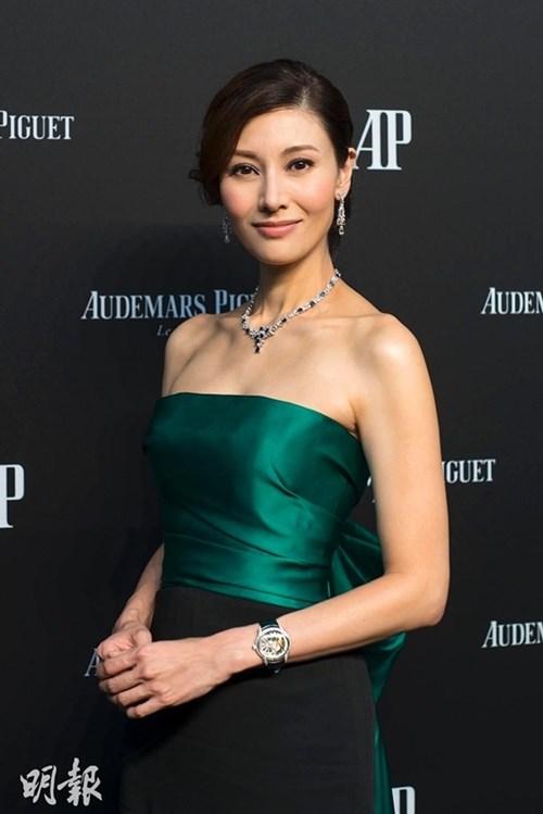 Hoa hậu đẹp nhất lịch sử hong kong và 2 lần mang tiếng hồ li - 1