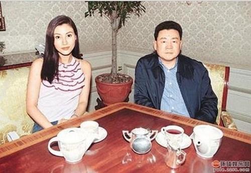 Hoa hậu đẹp nhất lịch sử hong kong và 2 lần mang tiếng hồ li - 5