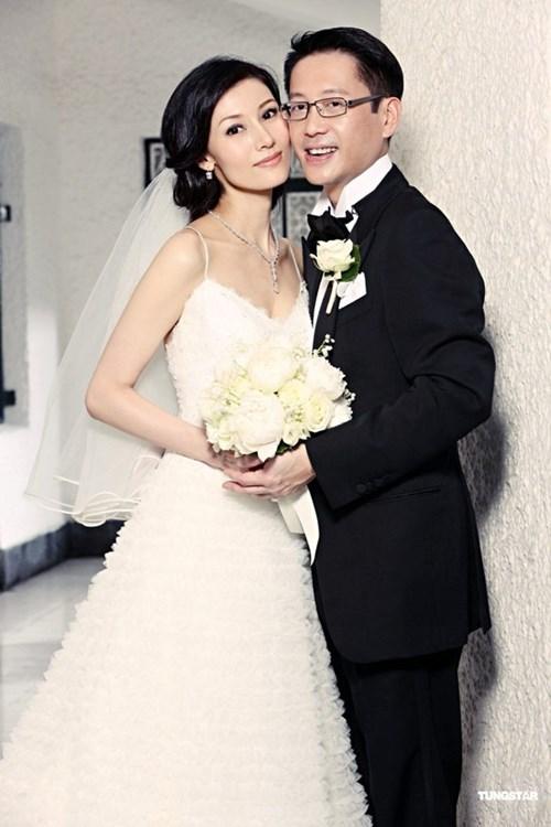 Hoa hậu đẹp nhất lịch sử hong kong và 2 lần mang tiếng hồ li - 6