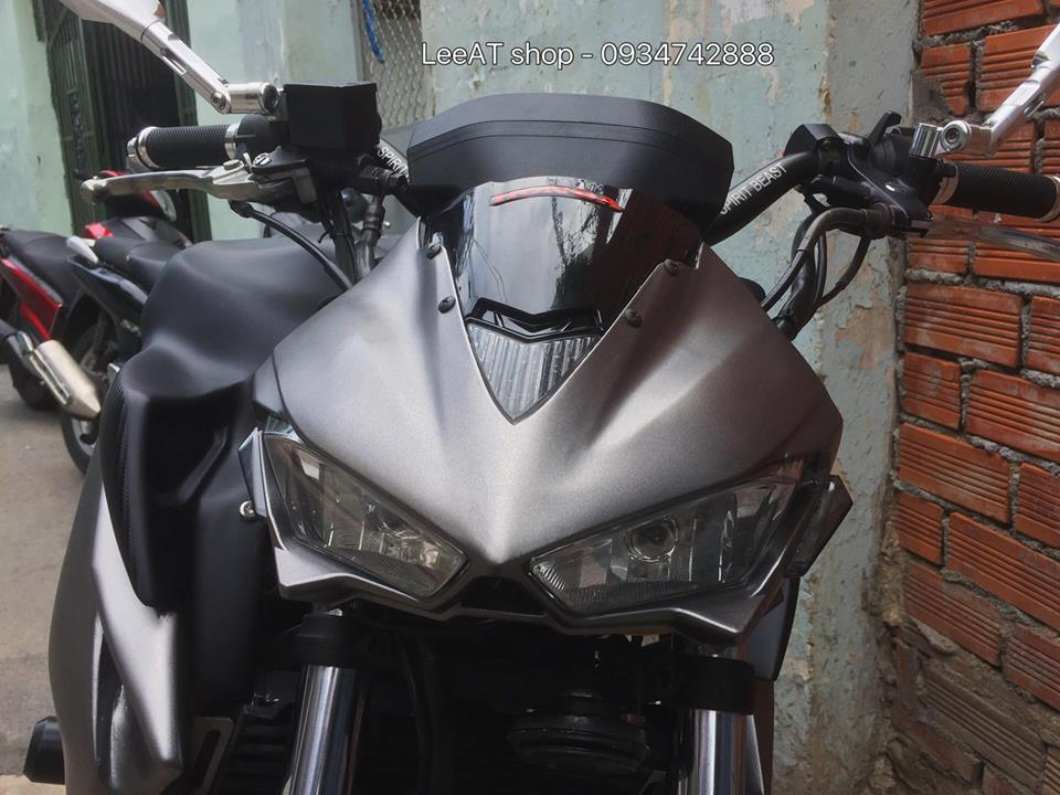 Honda hornet 250 độc đáo trong bản độ kết hợp đa phong cách