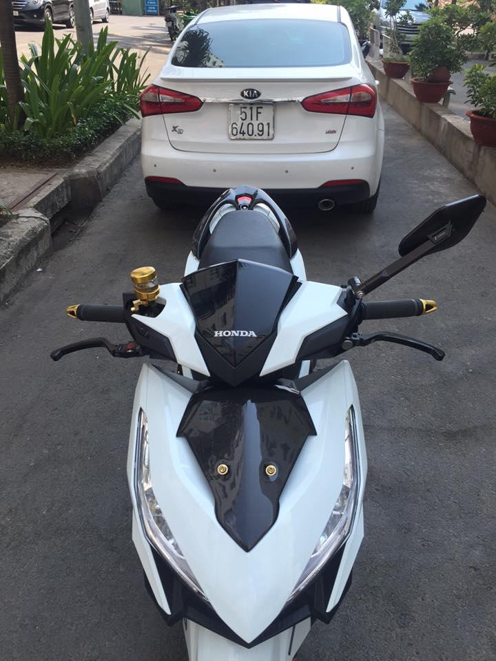Honda vario 150 trắng tinh khôi đầy phong cách - 3