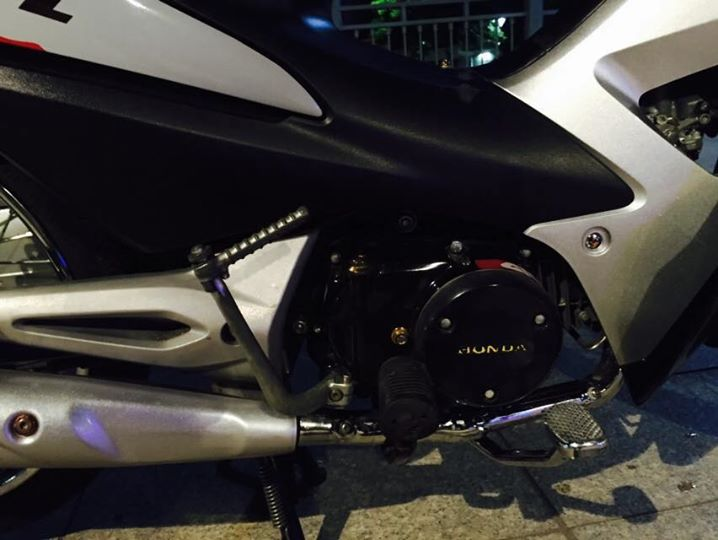 Honda wave a 100cc độ phong cách repsol - 7