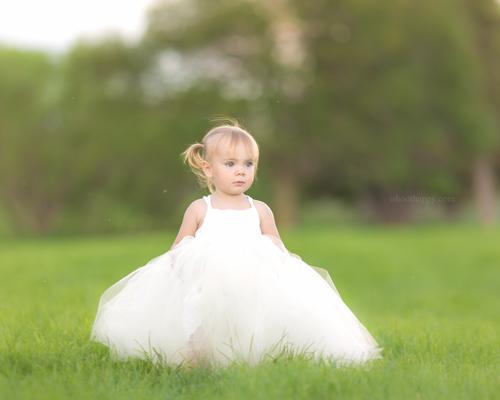 Làm váy công chúa cho con gái chỉ bằng màn tuyn - 12