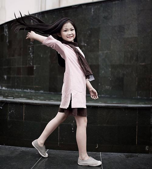 ngất ngây bé gái hà nội 8 tuổi xinh như hotgirl đàn chị - 3