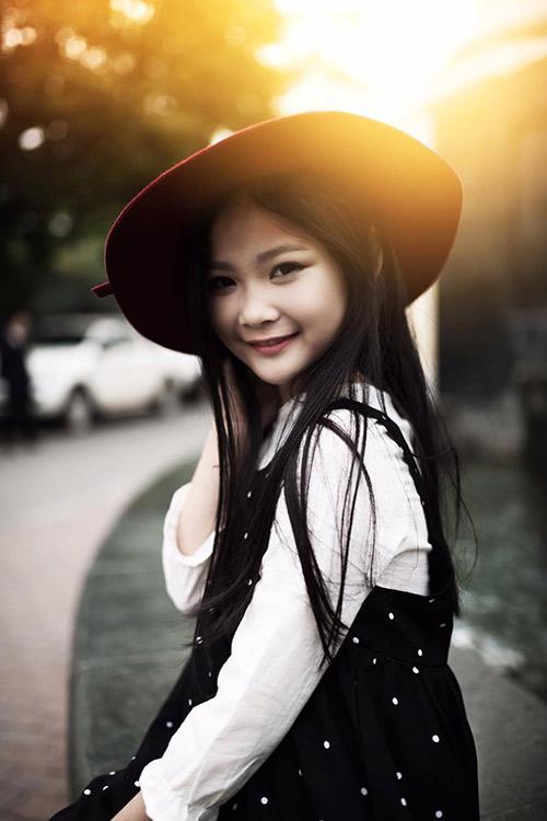 ngất ngây bé gái hà nội 8 tuổi xinh như hotgirl đàn chị - 5