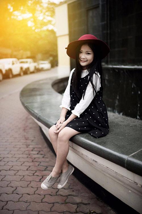 ngất ngây bé gái hà nội 8 tuổi xinh như hotgirl đàn chị - 6