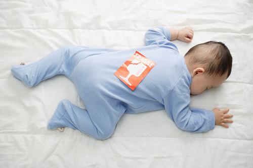Nhìn tư thế ngủ đoán trí thông minh trẻ sơ sinh - 2