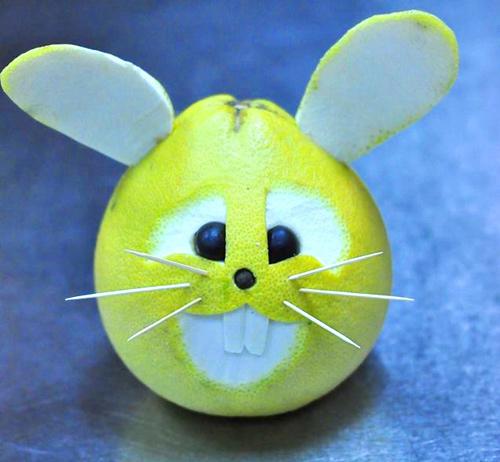 Tạo hình thỏ đáng yêu từ bưởi cho bé dịp tết trung thu - 12