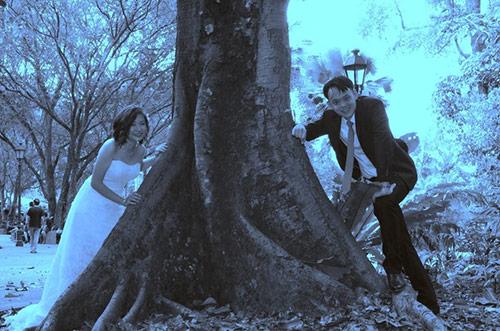 Thêm một bộ ảnh cưới thảm họa của cặp đôi singapore - 3