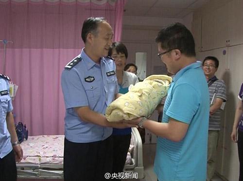 Tq sảy thai cô gái giả làm y tá vào bv bắt cóc trẻ sơ sinh - 3