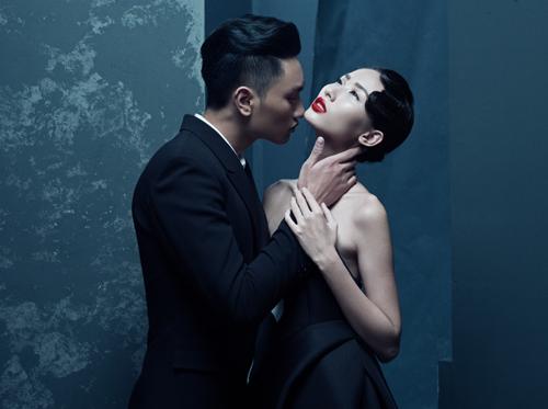 Quang đại âu yếm người mẫu nam trong bộ ảnh mới