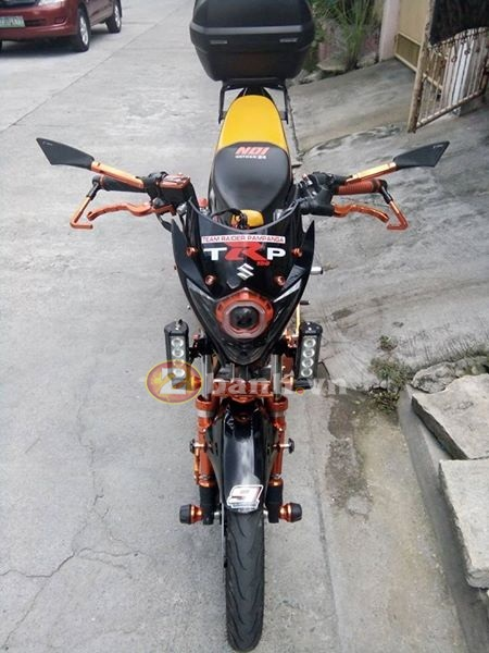 Raider 150 đen cam cứng cáp với style robot - 2
