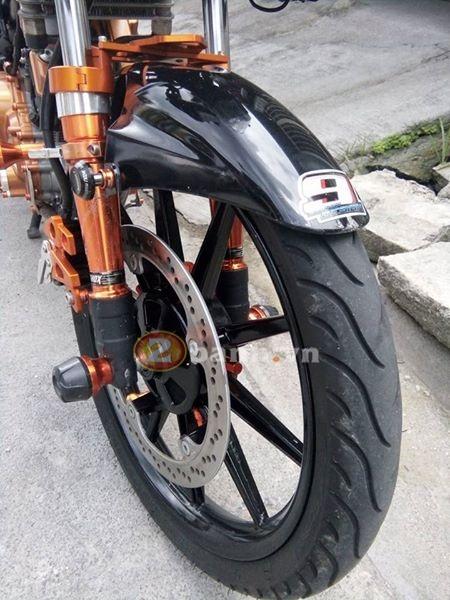 Raider 150 đen cam cứng cáp với style robot - 6