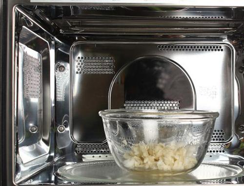 Tự làm kem cạo lông chân hiệu quả tại nhà - 3