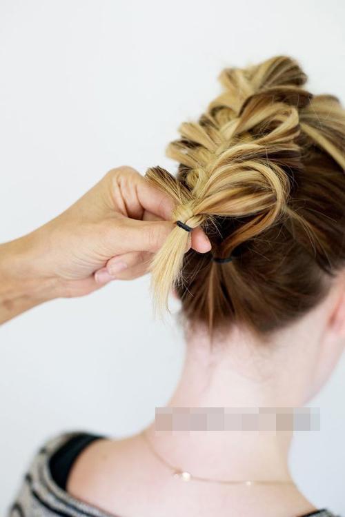 Mách nước tóc tết duyên dáng dịp cuối tuần cho chị em - 11