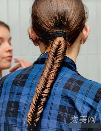 Muôn kiểu tóc tết không nên bỏ lỡ dịp hè - 8