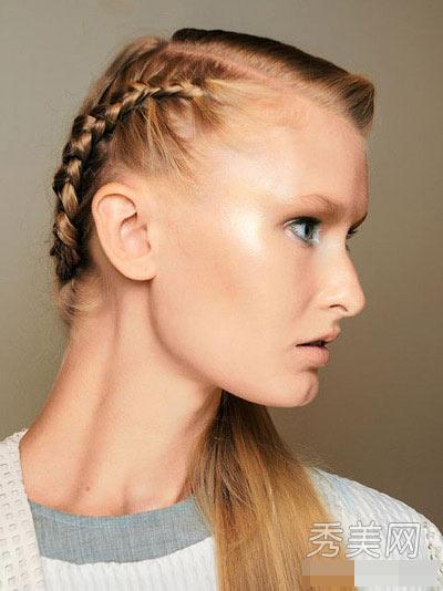 Muôn kiểu tóc tết không nên bỏ lỡ dịp hè - 11