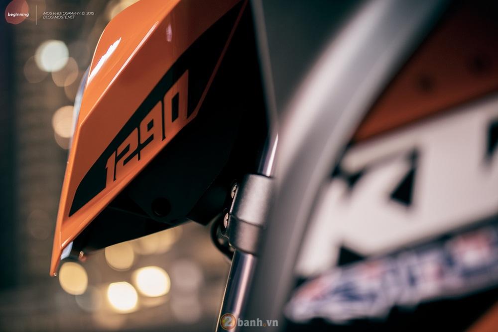 Siêu naked bike ktm 1290 super duke mạnh mẽ trong loạt ảnh ấn tượng - 2