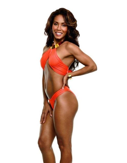 10 mỹ nhân quá 40 tuổi vẫn có thân hình bikini cực sexy - 3