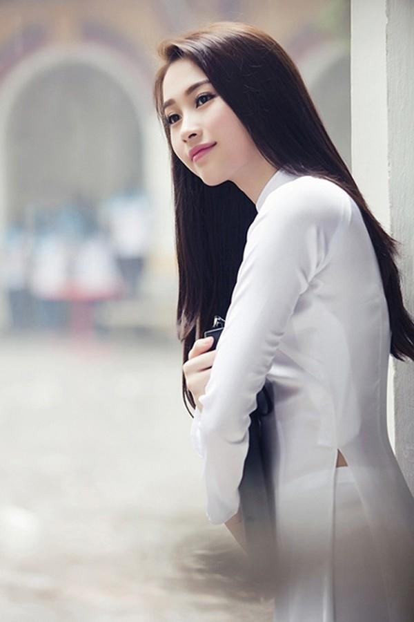 13 kiểu tóc nữ dài thẳng đẹp tự nhiên của các sao việt và kpop hàn quốc 2016 - 5